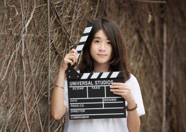 空靈系女孩編導微電影 從生活學英語傳播正能量