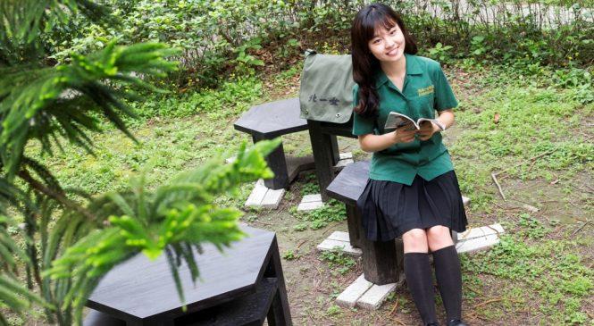 熱衷國際事務 北一女綠衣使節張晏寧踏入耶魯新加坡國大