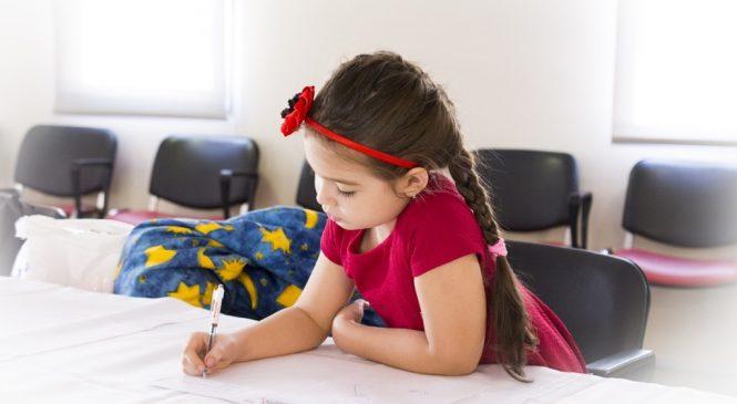 英語好壞光看學校成績不夠!七成一國中小家長有共識