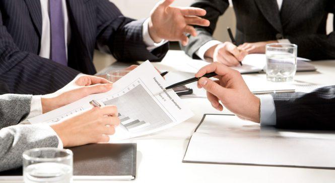 學英文/掌握4個英文單字  讓你安排會議時間、地點不出錯!