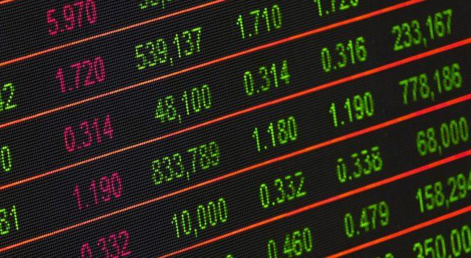 學英文/股市in the red是上漲還是下跌?