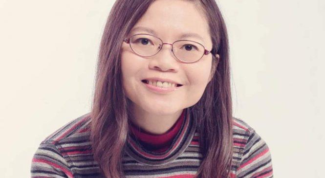 後勁國中老師李貞慧 用繪本教閱讀、思考力
