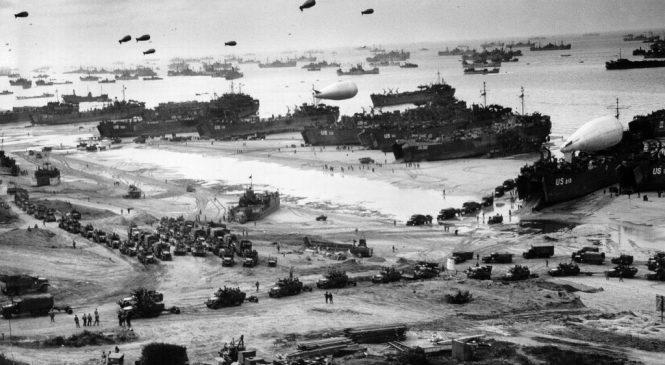 諾曼第登陸75周年》學會用pay tribute to向二戰老兵致敬!