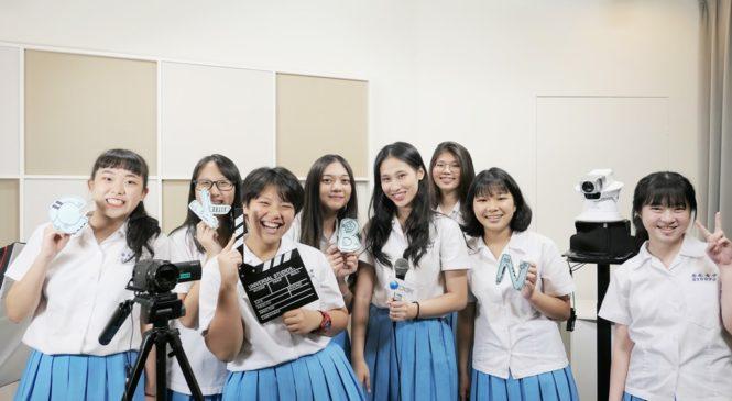崇光女中國際新聞社自製節目 當直播主練膽量、強化口語表達力
