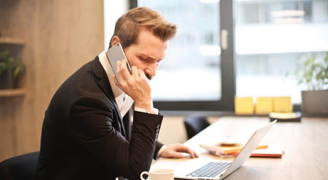 職場電話英語/面對不同對象 正式與非正式用語大不同