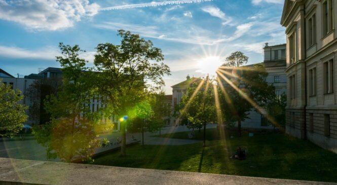 美國20個最棒的大學城