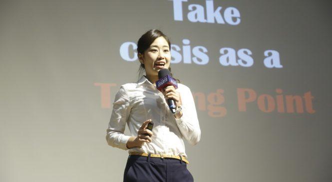 英德語雙聲道 成大女孩主持台南英語旅遊節目、獲選外交部國際青年大使