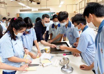 外師融入課程 高雄仁武中學用英語討論跨學科