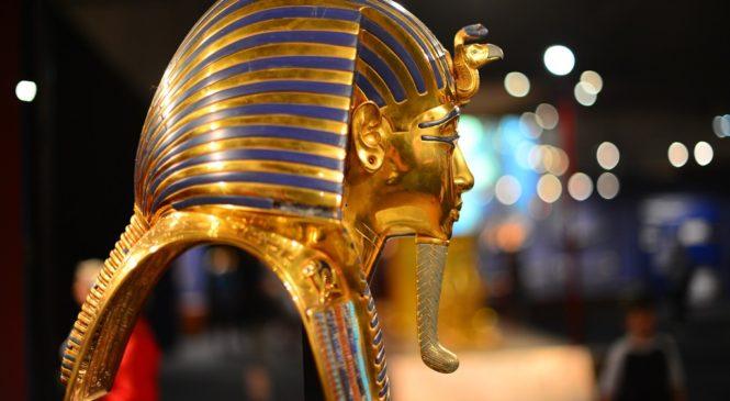 埃及法老搬新家 跟著皇家木乃伊遊行