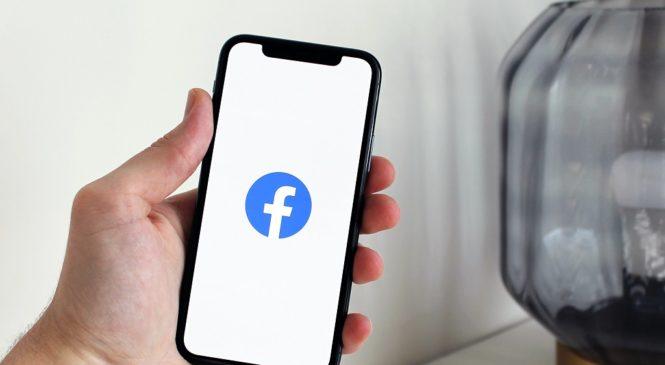 學英文/臉書outage長達六小時 竟用對手平台發道歉聲明!
